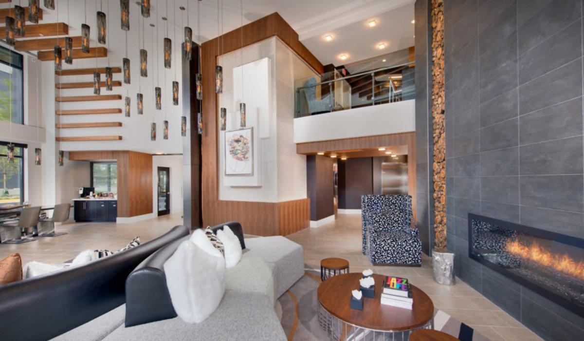 1200x800 3. the parker lobby amenities
